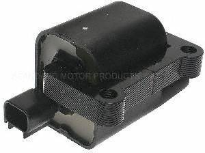 Standard Motor Products UF196 Ignition Coil