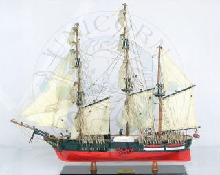 READY TO DISPLAY MODEL BOAT OF CIVIL WAR SHIP PADDLE STEAMER USS