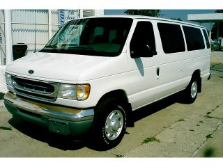 Ford  E Series Van E 350 Super 2000 Ford Econoline E 350 Wagon XLT