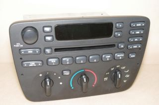 01 03 FORD TAURUS MERCURY SABLE RADIO CD PLAYER CLIMATE CONTROL HEAT A