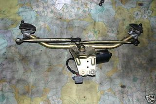 1999 Saab 93 SE Turbo Windshield Wiper Motor & Linkage