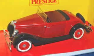 SOLIDO PRESTIGE 1934 FORD ROADSTER DIECAST CAR W/ RUMBLE SEAT 118 IN