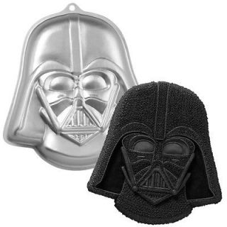 Darth Vader Star Wars Cake Pan by Wilton #2105 3035 BRAND NEW