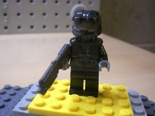 CUSTOM LEGO ****HALO**** MASTER CHIEF WITH WEAPON