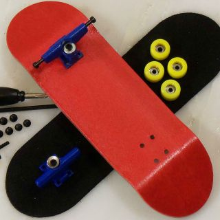 Peoples Republic   Red 30mm Complete Wooden Fingerboard   Basic