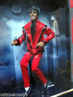 MICHAEL JACKSON MINT BOXED THRILLER LTD ED DOLL TRIUMPH 2010 FULLY