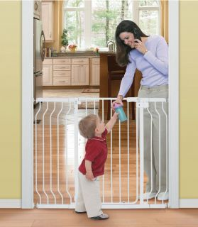 Summer Infant Sure & Secure Extra Tall Walk Thru Gate with extensions