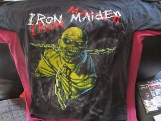 iron maiden piece of mind shirt in Clothing,