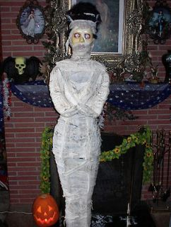 ANIMATED LIFE SIZE YOUR TIMES RUNNING OUT HOUR GLASS HALLOWEEN PROP