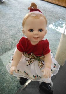 Beautiful LIMITED Edition FRANKLIN MINT HOLIDAY PORCELAIN BABY DOLL