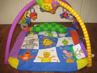 Baby Einstein Classic Discover Play Activity Gym with Star Baby Toys