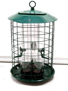 Duncraft 18202 Safe Haven Wild Bird Feeder w/ Metal Seed Tray