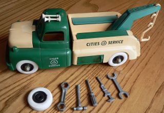 Vintage MARX CITIES SERVICE Toy Truck 1950s early 60s Green White