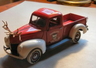 1940 FORD PICKUP 1999 FRANKLIN MINT CHRISTMAS 1 24th MIB COA