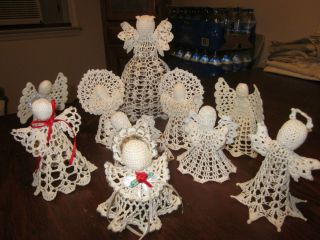 10 THREAD STARCHED CROCHETED CHRISTMAS ANGELS ORNAMENTS AND TREE