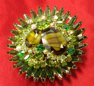 Unsigned Regency Aurora Borealis Rhinestone Brooch Art Glass Pin