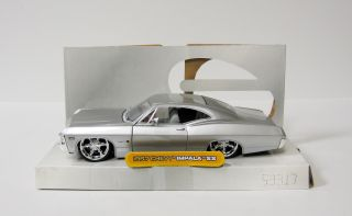 1967 Chevrolet Impala SS Diecast Model Car Jada Dub City 1 24 Scale