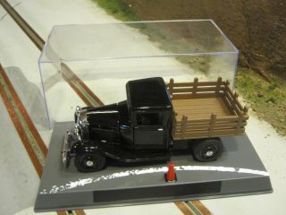 32 Scale Classic Diecast 1934 Ford Steak Bed Truck Slot Car