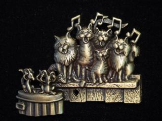 JJ Bronze Pewter Cat Choir Pin Beautiful Music