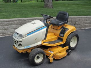 Cub Cadet HDS 2165 Garden Tractor Riding Lawn Mower 16HP 48, 366hrs