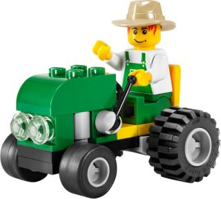 Brand New Lego City Tractor w Farmer 4899 SEALED
