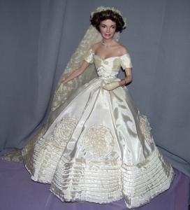 Franklin Mint Jackie Kennedy Bride Doll
