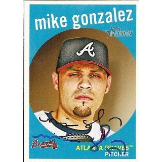 Mike Gonzalez Signed Braves 2008 Topps Heritage Card