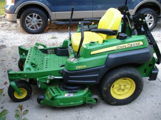 John Deere Z910A Commercial Zero Turn Riding Lawn Mower