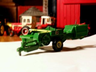 64 Ertl 338 John Deere Farm Toy Hay Square Baler Tractor Impliment