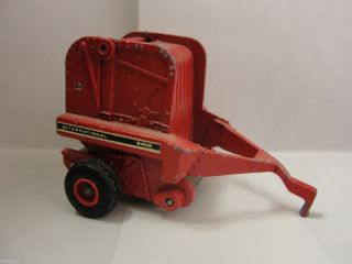 Round Hay Baler 1 64 Ertl Diecast Farm Machinery Equipment