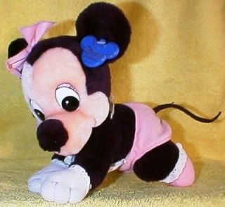Disney BABY MINNIE MOUSE Crawling 8 Plush 1984 Theme Park Exclusive