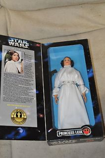 STAR WARS COLLECTOR SERIES PRINCESS LEIA 12 DOLL FIGURE REBEL