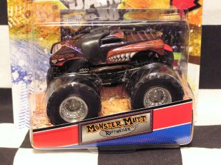 Hot Wheels 2012 MONSTER MUTT ROTTWEILER Topps Trading Card Monster Jam