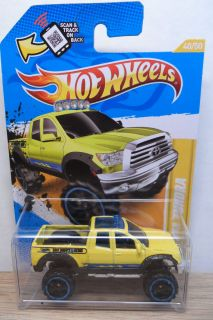 2012 HOT WHEELS 1/64 NEW MODELS 2010 TOYOTA TUNDRA TRUCK # 40 YELLOW