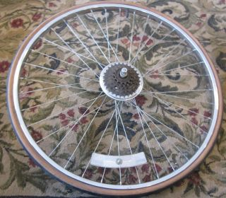 SCHWINN TRAVELER ARAYA 27 X 1 1 4 REAR WHEEL TIRE RIM 10 SPEED CASETTE