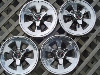 1965 65 Chevrolet Chevy Corvette Vet Spinner Hubcaps Wheel Covers