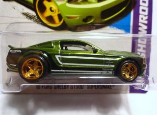 Hot Wheels 2013 155 Green 10 Ford Shelby GT500 Supersnake Super